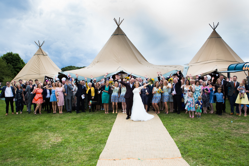 Large group shot of wedding at North Hill Farm, Chorleywood.